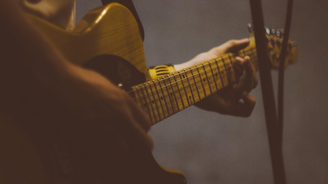 Czy każdy może nauczyć się grać na gitarze