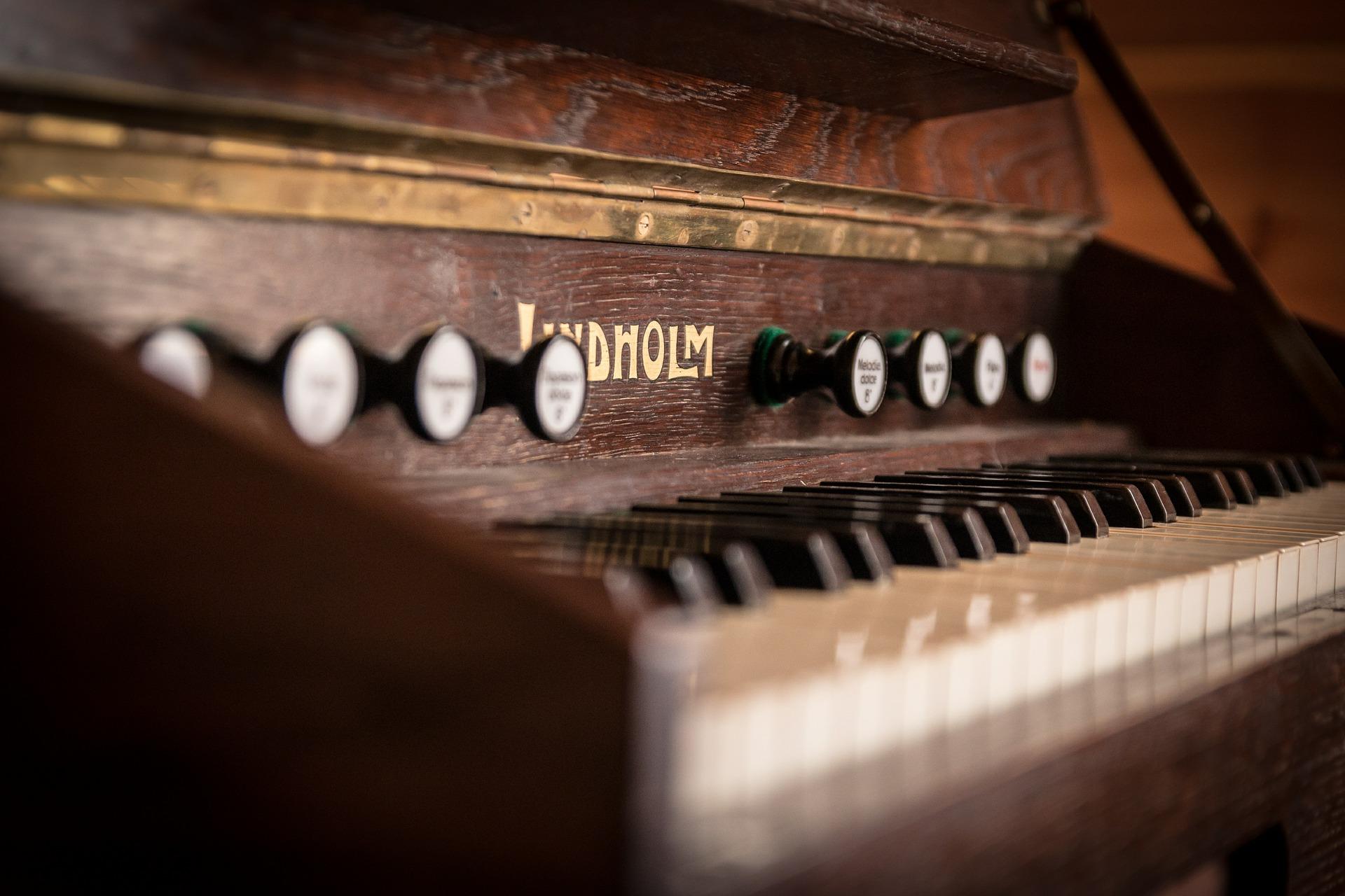keyboardy salon muzyczny Bielsko Biała